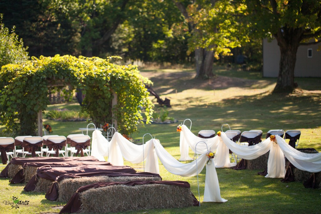 Outdoor Fall Wedding 0001