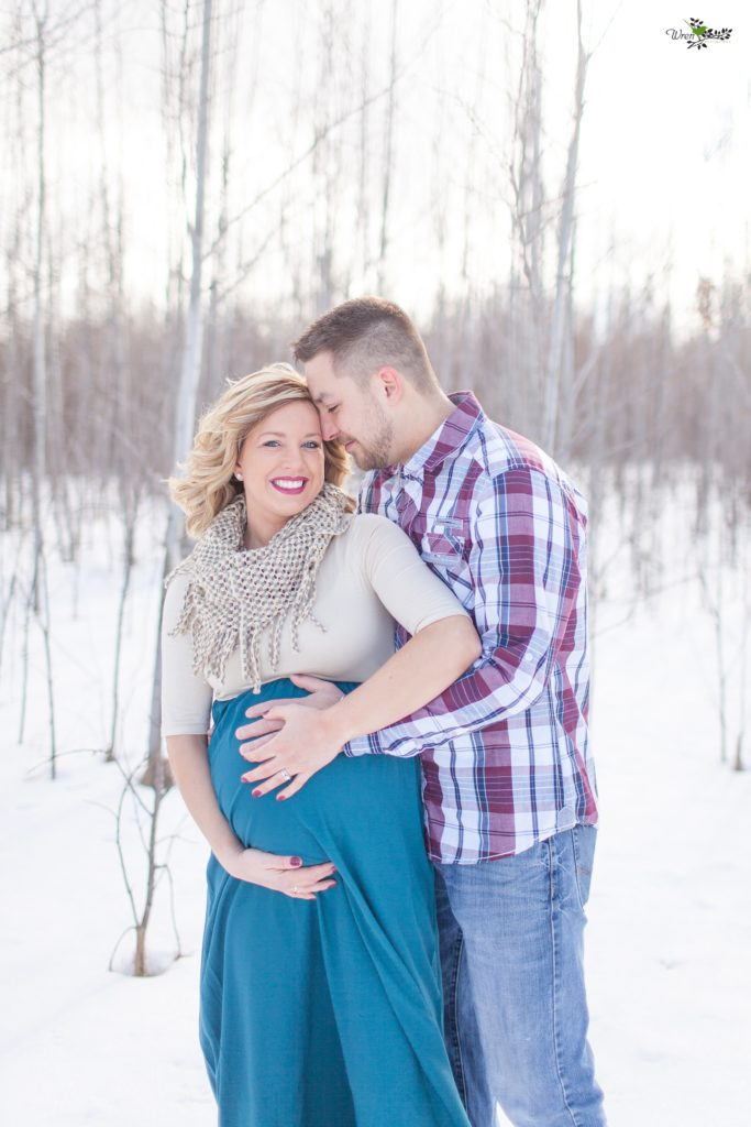 Winter pregnancy portraits_0003